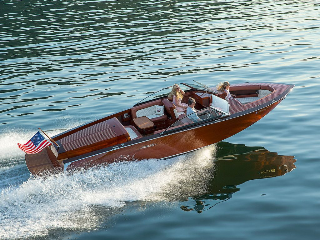 Coeur Customs Boat Model 270 Open Bow