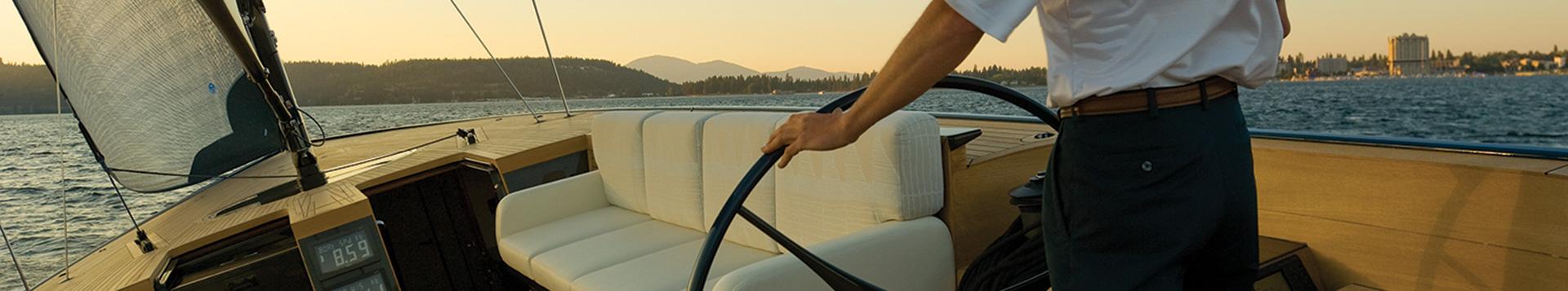 Sailing Magazine: Mountaintop Thoroughbred