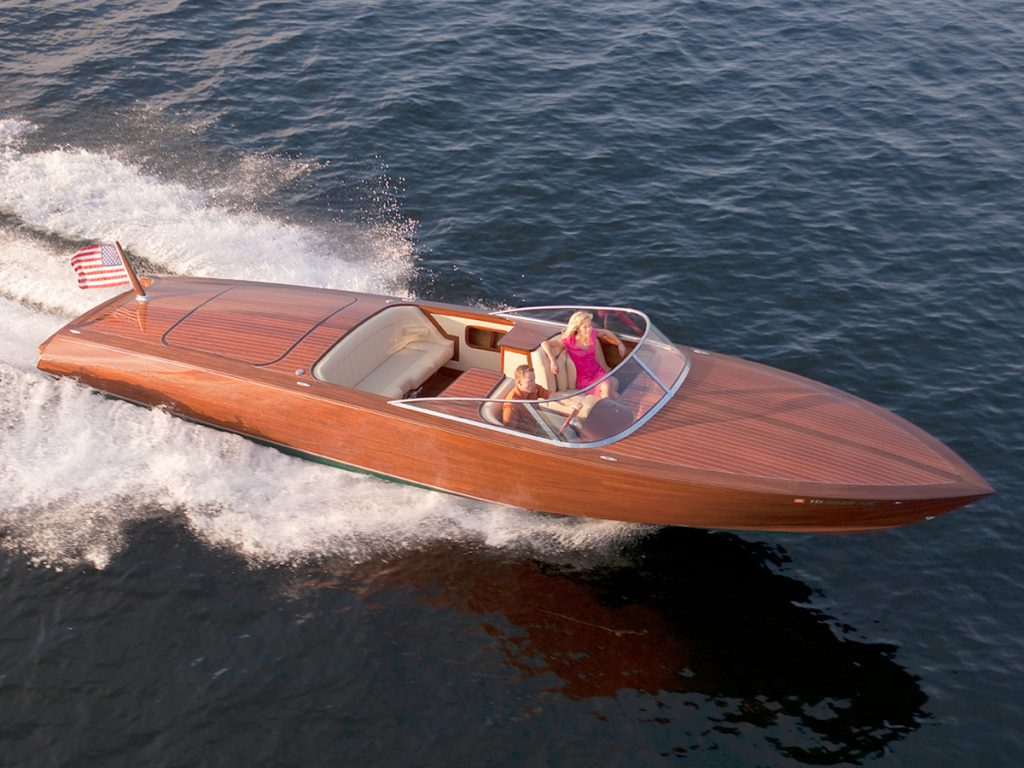 Coeur Customs Boat Model 340 Jefe Specifications